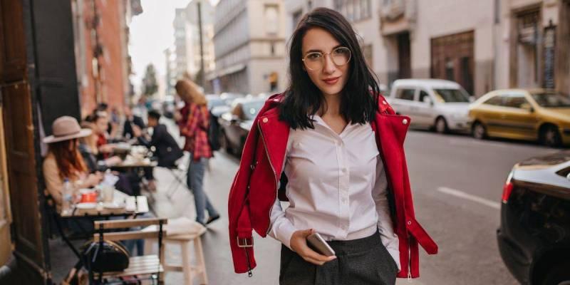 5 Tips Fashion Teratas Untuk Wanita yang Bekerja di Kantor