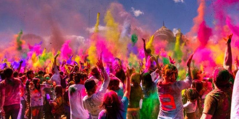 Festival Holi - Perayaan Penuh Warna